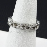 Platinum Diamond Leaf Design Wedding Band